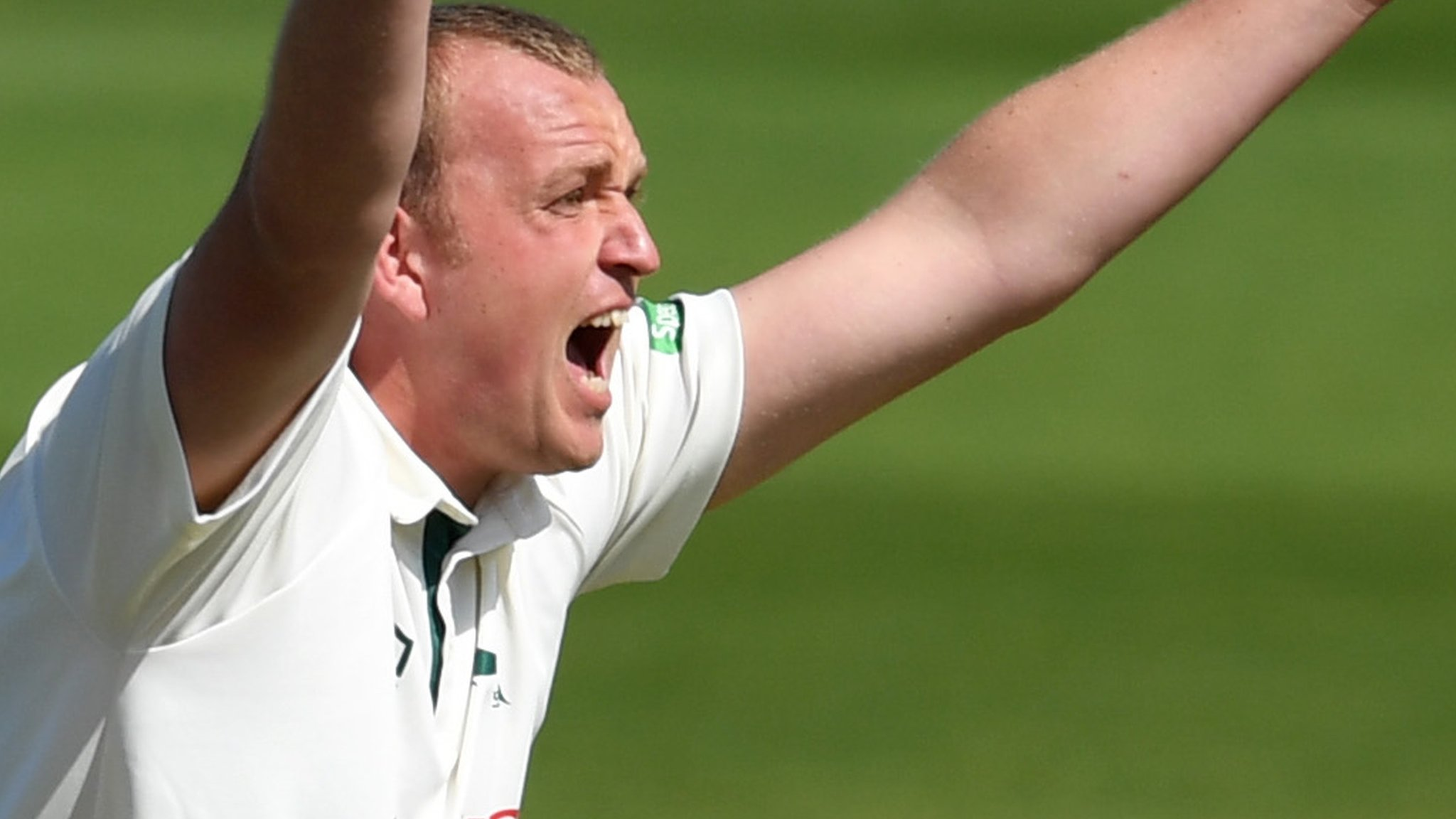 County Championship: Nottinghamshire seize control on day two in Essex
