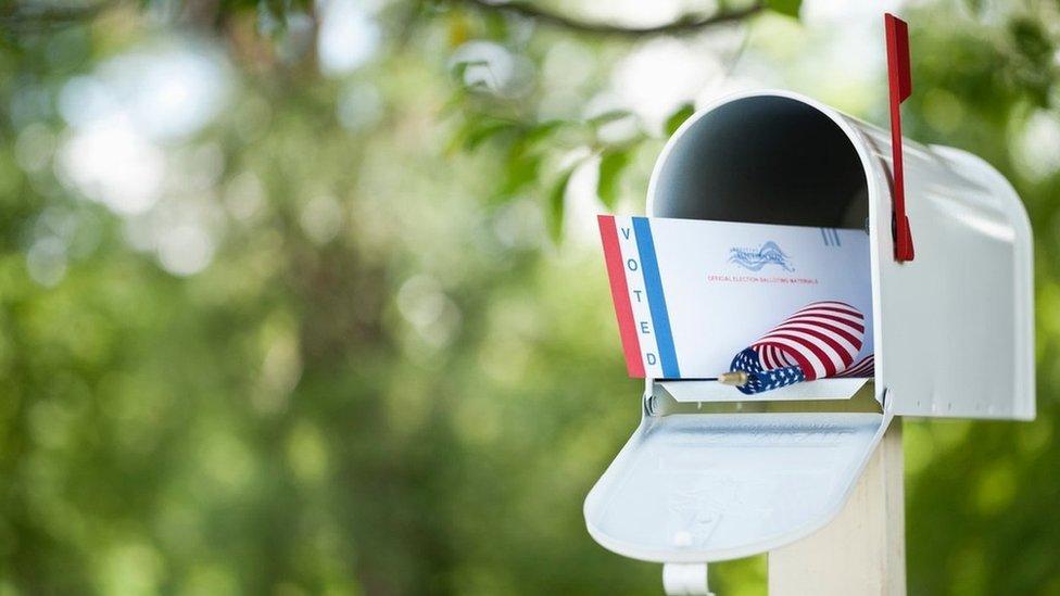 صندوق بريد يحتوي على رسالة انتخاب