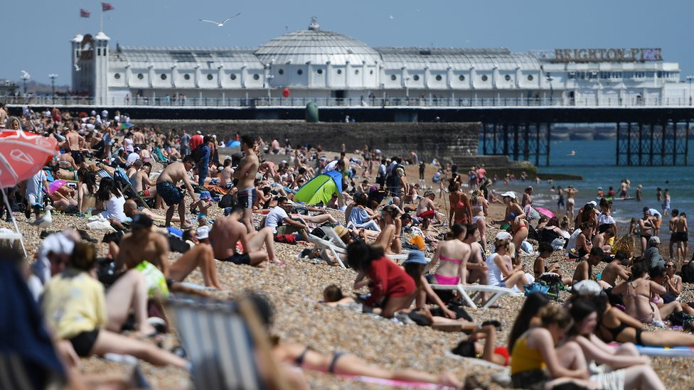 Heatwave blamed for record A&E attendances in England