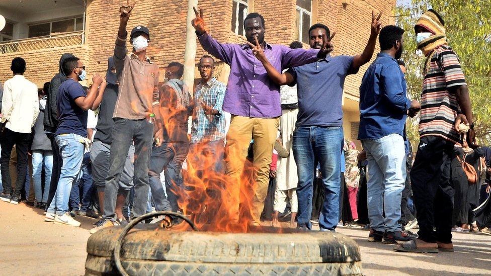 محتجون في السودان