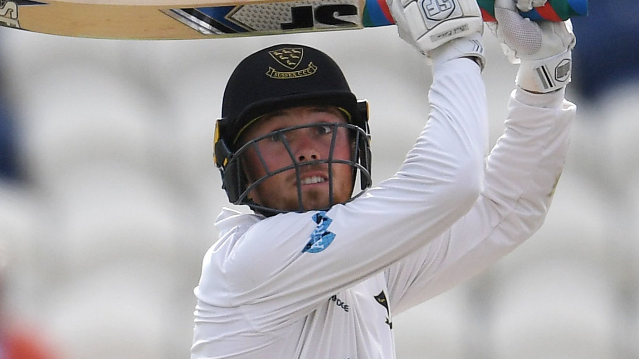 County Championship: Salt's 148 gives Sussex advantage against Derbyshire