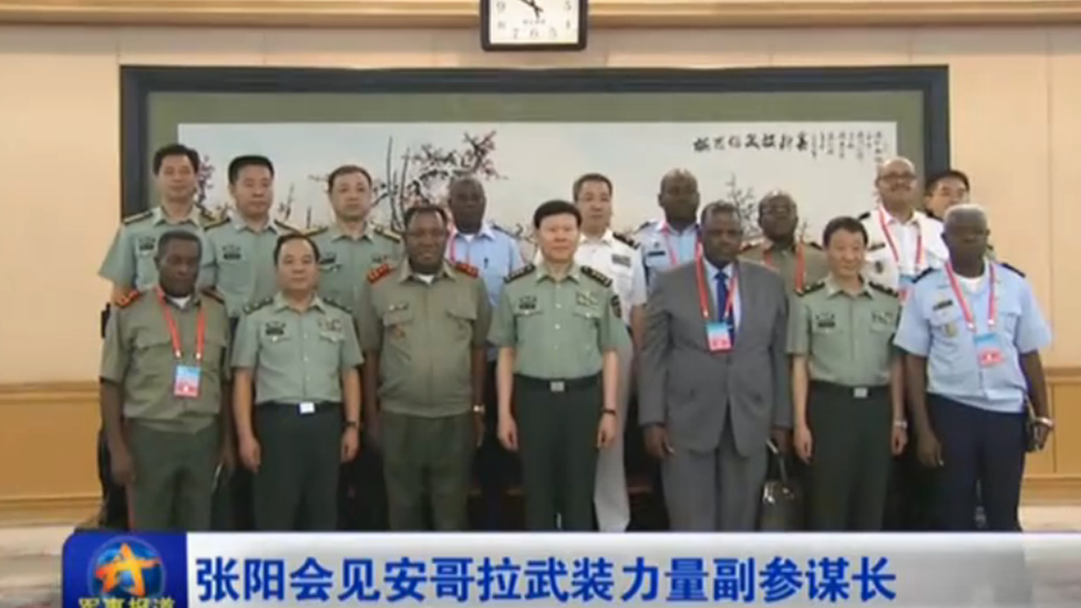 Chinese and Angolan military officials