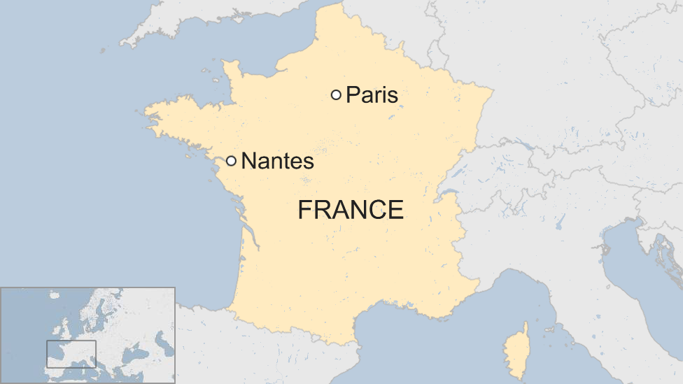 A map showing where Nantes is in France