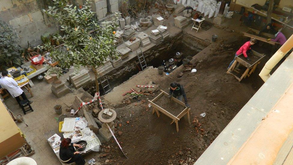 Excavación en la Catedral de Santiago