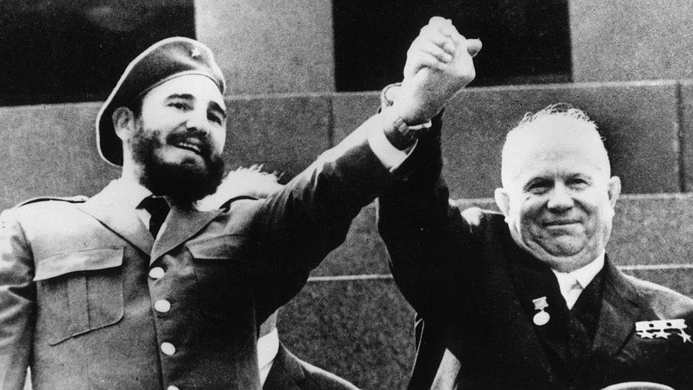 Fidel Castro y Nikita Khrushchev