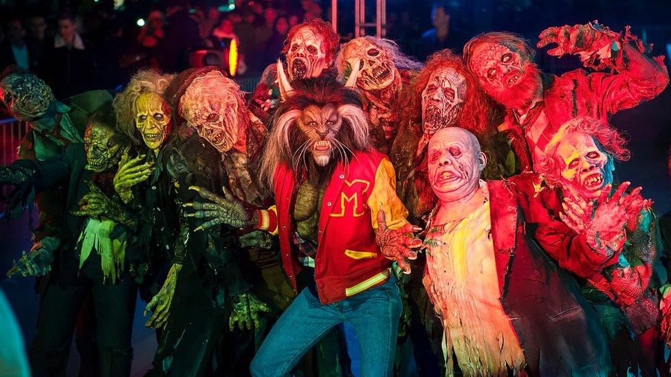 Heidi Klum en una versión de Thriller para Halloween