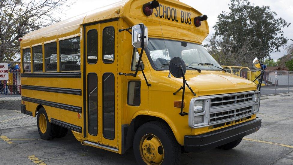 Školski autobus