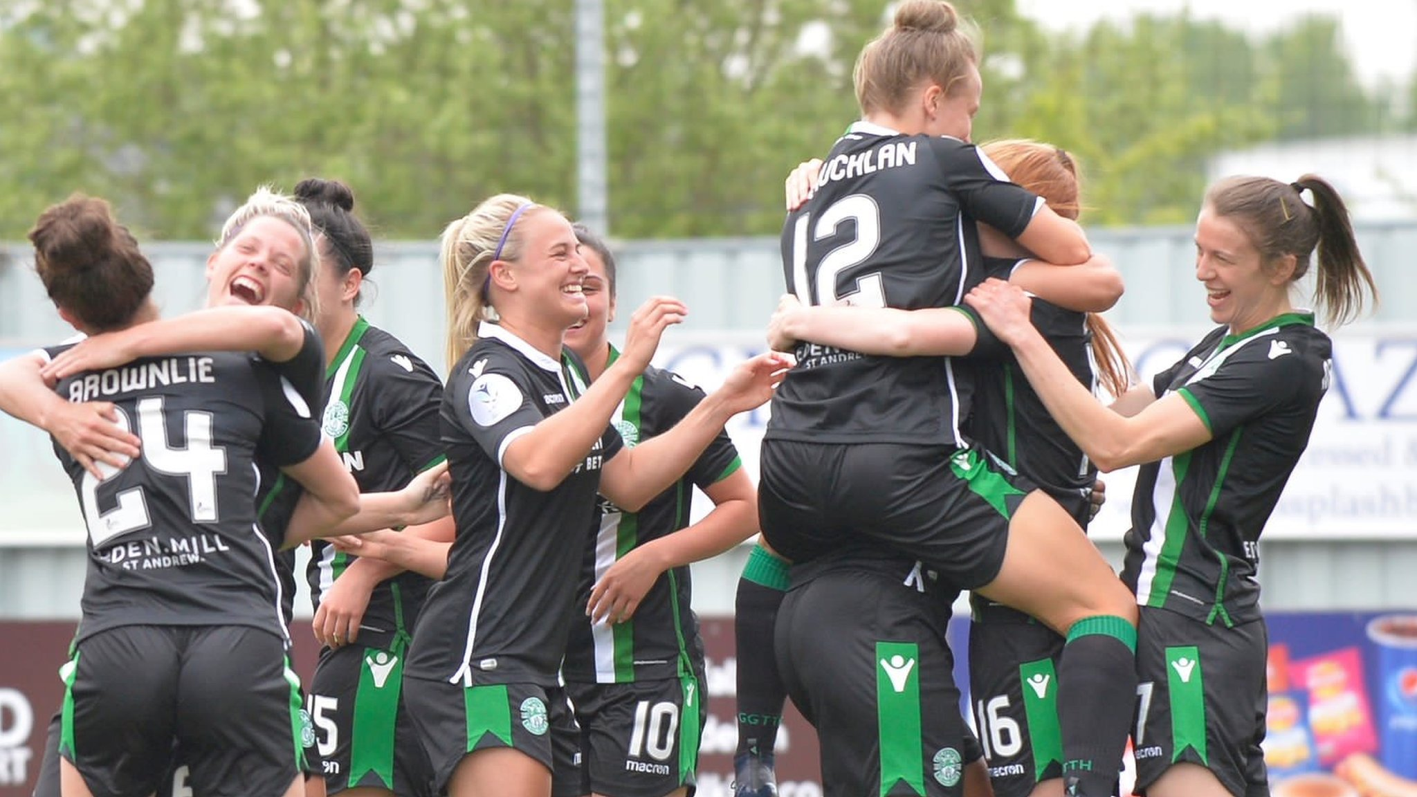 Hibs hammer Celtic 9-0 to retain Women's League Cup