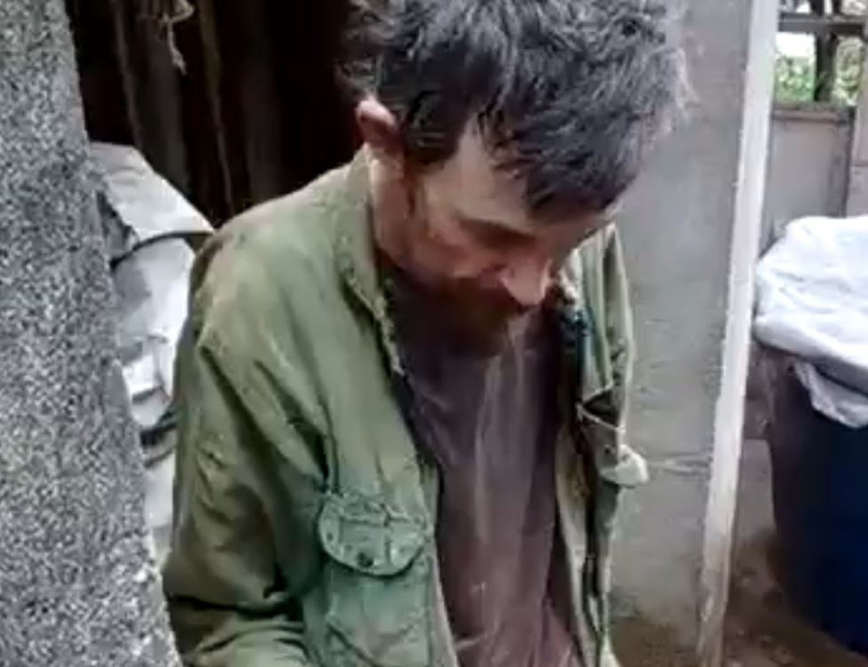 Video shows Armando Bezerra de Andrade being rescued by police