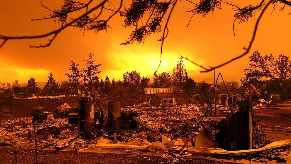 Casas quemadas en California.