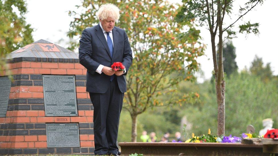 英國首相鮑里斯·約翰遜參加紀念活動