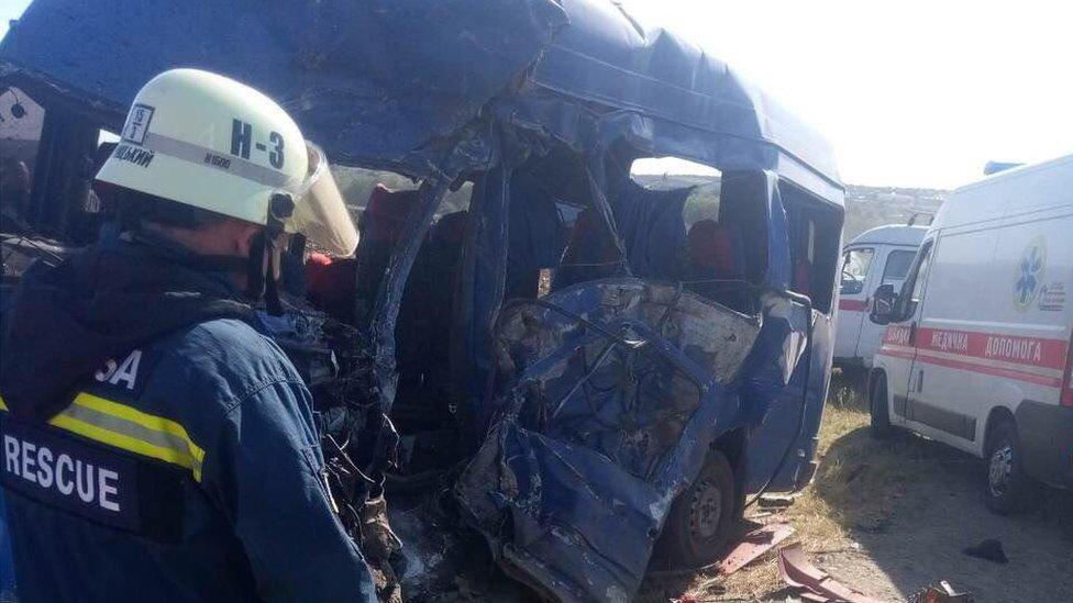 Біля Одеси переповнена маршрутка зіткнулась з вантажівкою - 9 загиблих