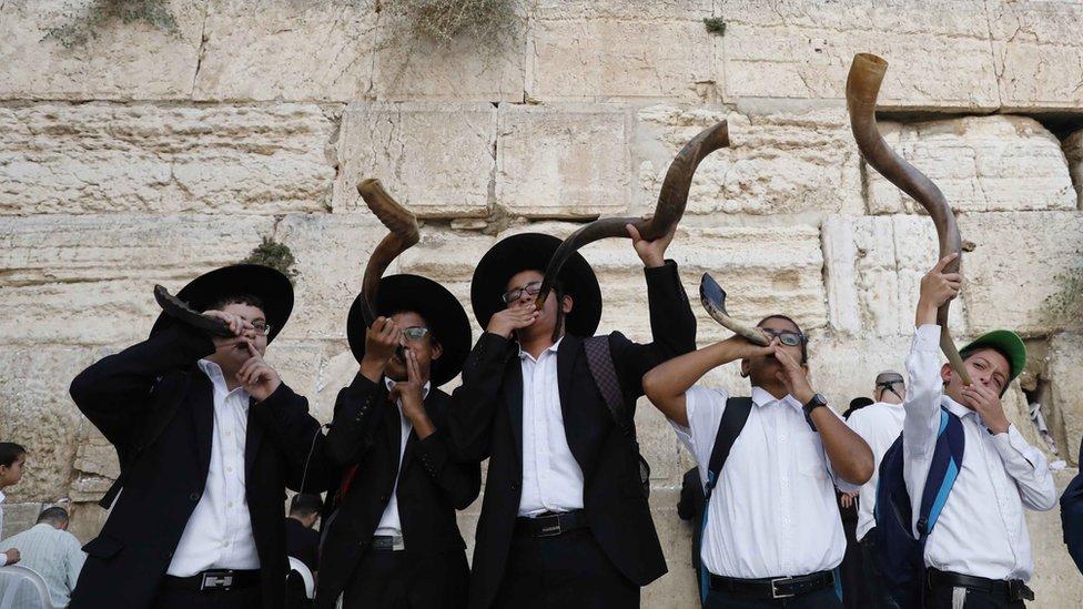 روش هشانا: كيف يحتفل اليهود بالسنة العبرية الجديدة؟