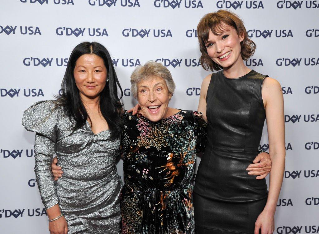 Unjoo Moon, Helen Reddy ve Tilda Cobham-Hervey'in 2019'daki