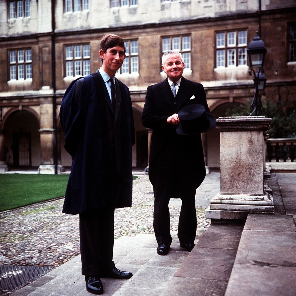 Princ Čarls i Bil Edvards u Kembridžu