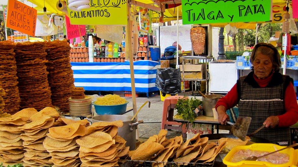 Un puesto de tostadas en México