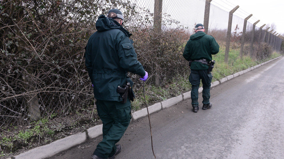 Police searching area in Lurgan