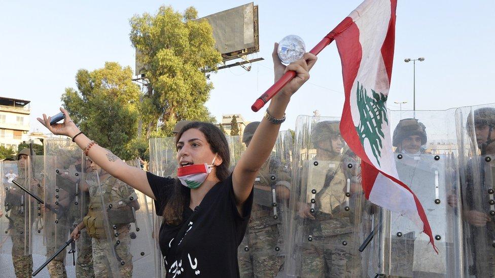 Кризис в Ливане: голодная армия, вакуум власти и просьбы о помощи. Европа требует реформ
