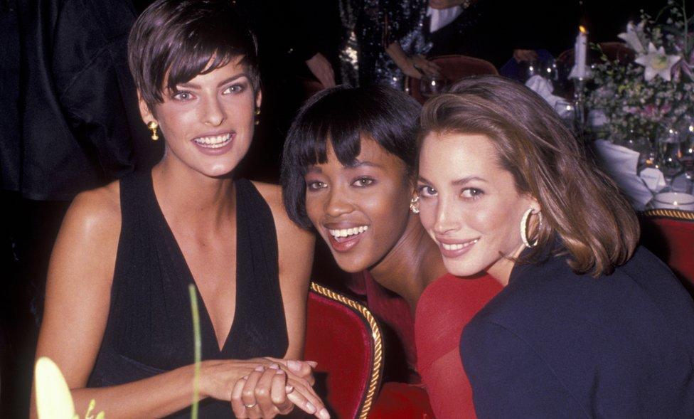 De izquierda a derecha: Linda Evangelista, Naomi Campbell y Christy Turlington en 1989.
