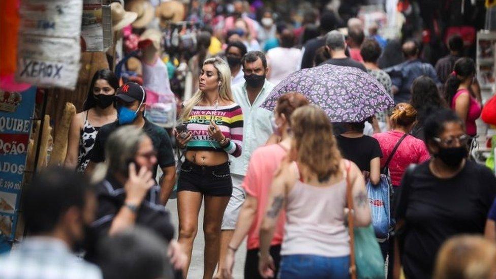 Comércio popular no Rio de Janeiro, em foto de dezembro de 2020