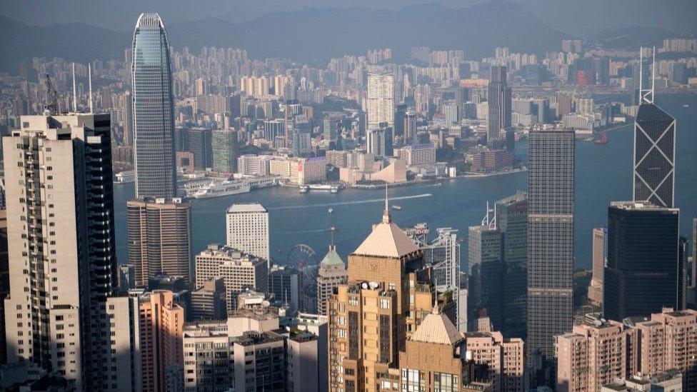 在2019年經歷社會動蕩後,香港的營商環境面臨挑戰。