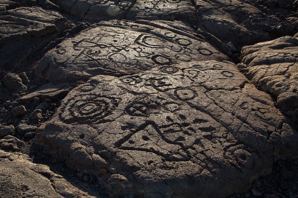Petroglifos en Hawai