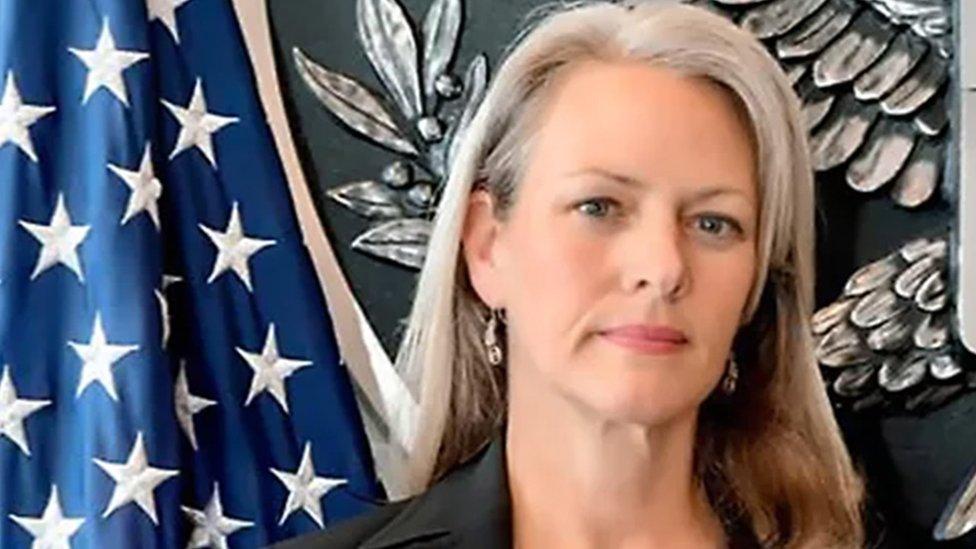 Россия высылает пресс-секретаря посольства США