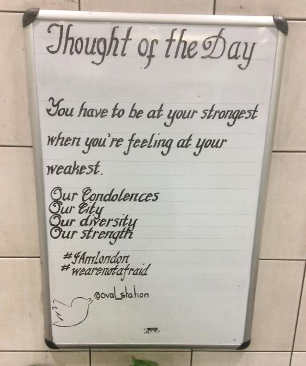 Screen grab of tweet by @Oval_station