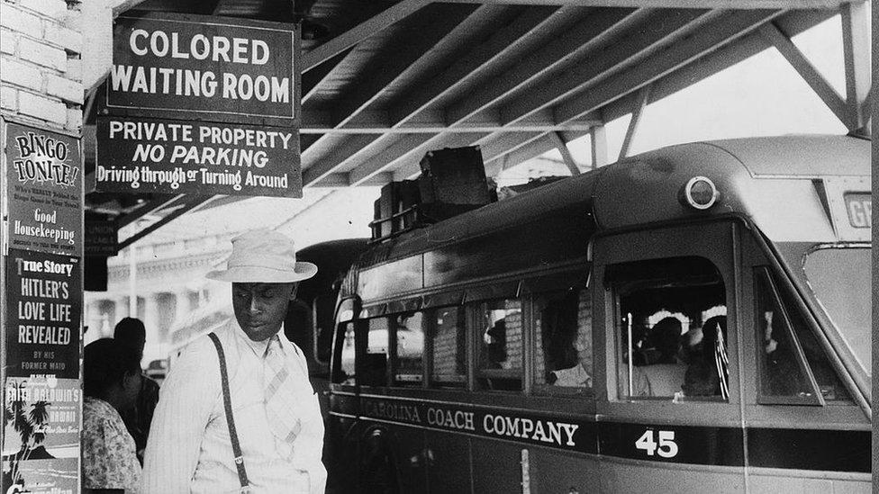 Foto de segregación en los años 30.