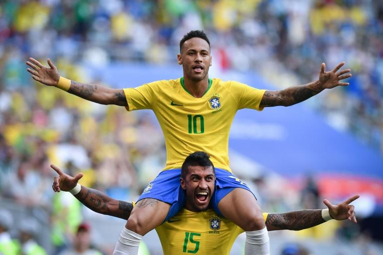 Neymar puede ser la estrella, pero Brasil defiende como nadie.