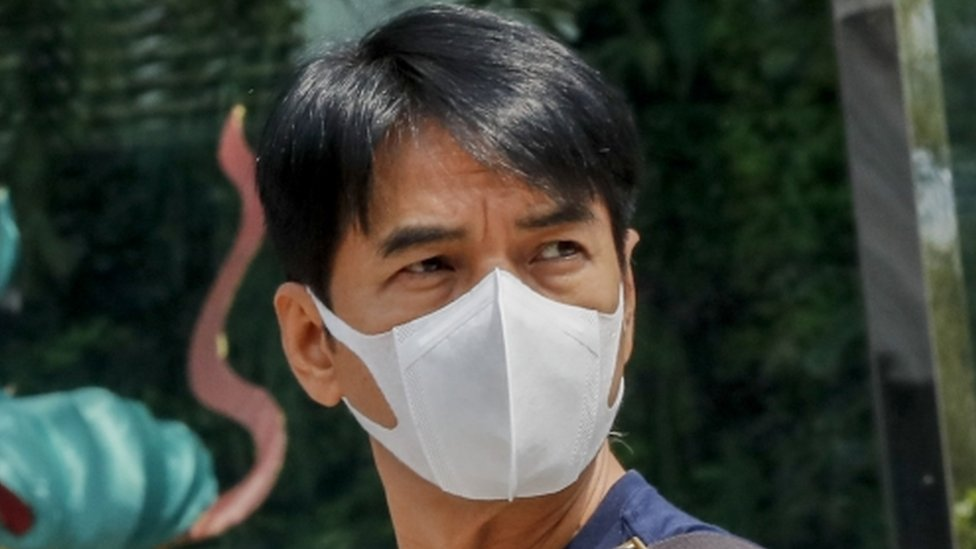 Čovek sa zaštitnom maskom na Tajlandu