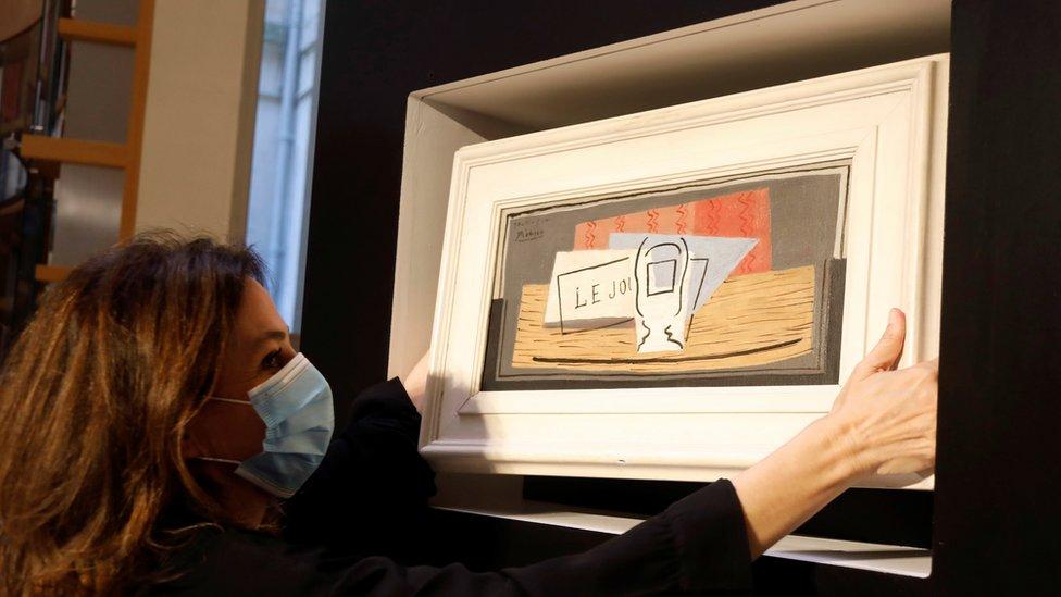 Mujer en Italia gana Picasso en rifa benéfica