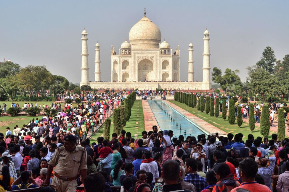 Large crowds are pictured at the Taj Mahal complex in Agra on October 20, 2018.
