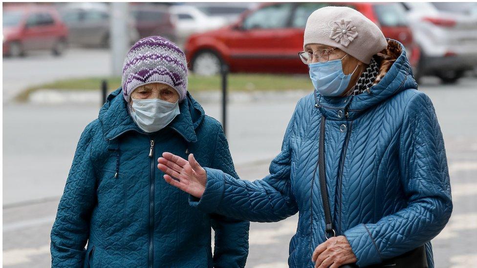 Коронавирус в России: трупы в подвале барнаульской больницы и советы Сечина