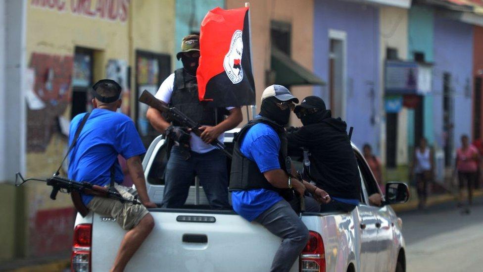 Los grupos paramilitares que apoyan a Ortega son señalados como presuntos responsables de muchas de las muertes ocurridas desde el inicio de la crisis política.