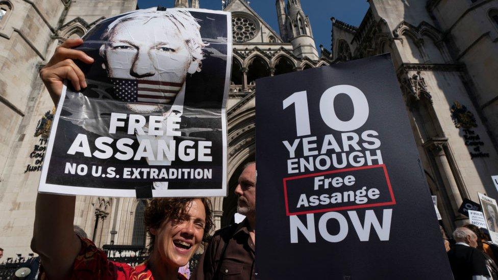 Дело Ассанжа: США убеждают Высокий суд Лондона, что он выдержит американскую тюрьму