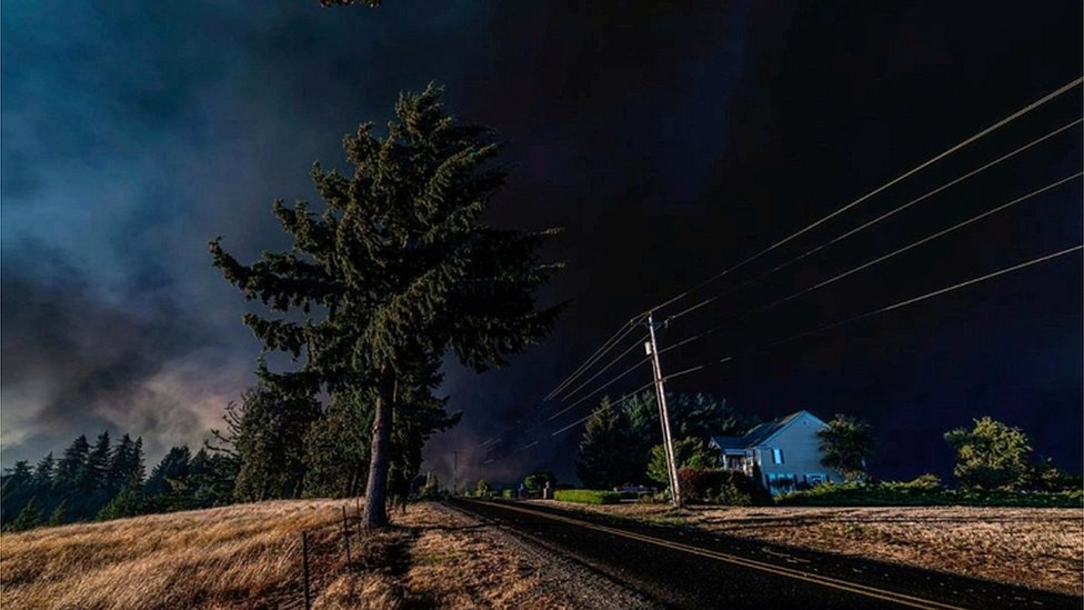 Thick smoke is seen above Salem City, Oregon, US, on 8 September 2020