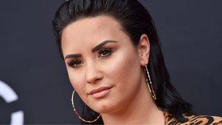 CBBC Newsround - Demi Lovato's mum says she's 'doing really well'