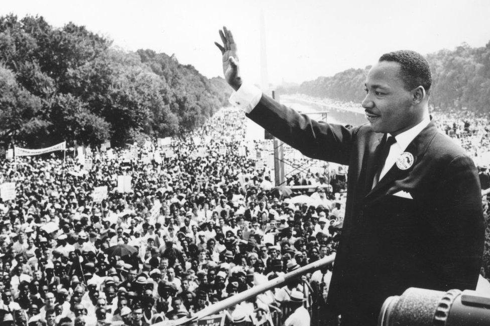 Martin Luther King dando su histórico discurso en Washington.
