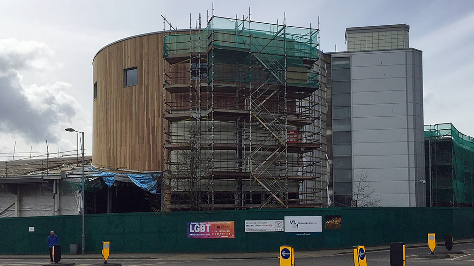 DG One leisure centre on course for summer return