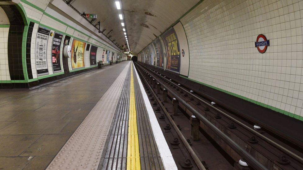 Deserted / empty platform at Highgate London Underground (tube) station