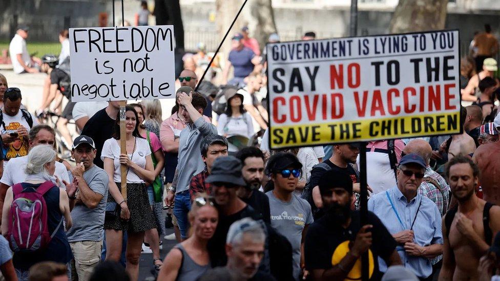 反疫苗示威