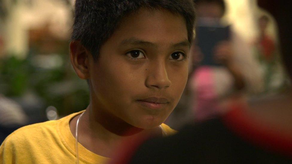 Después de ser separado de su padre, Brayan estuvo en un centro de detención para niños migrantes por casi tres meses.