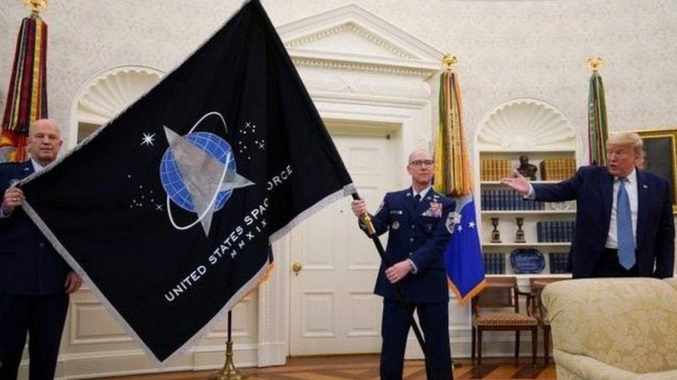 5月15日美國總統特朗普在白宮主持太空軍軍旗亮相儀式時表示太空將是未來,美國要保持在太空領域的主宰