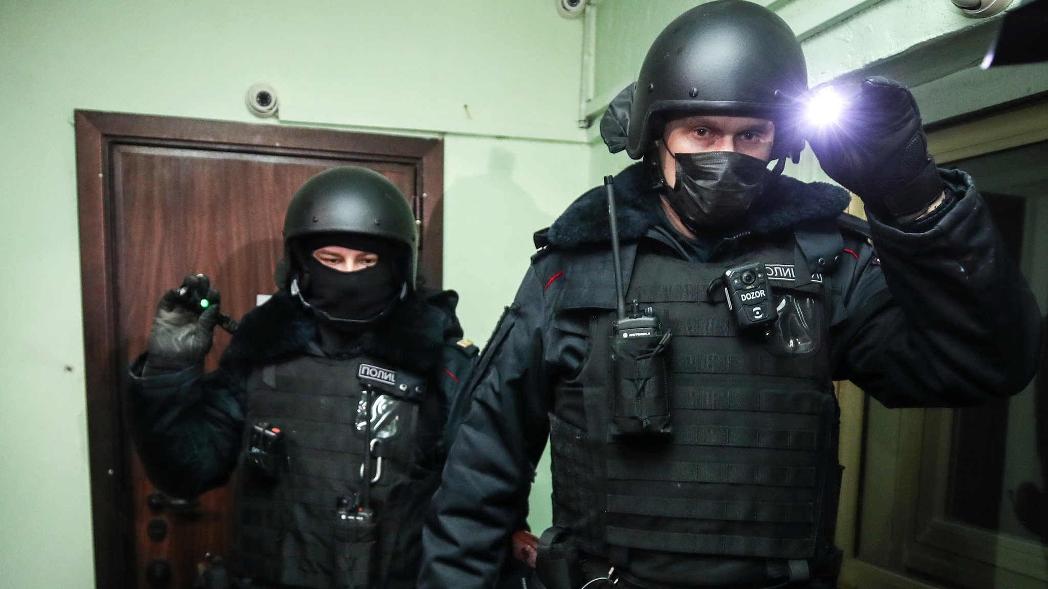 Масштабные обыски у оппозиции в Москве. Что известно на данный момент