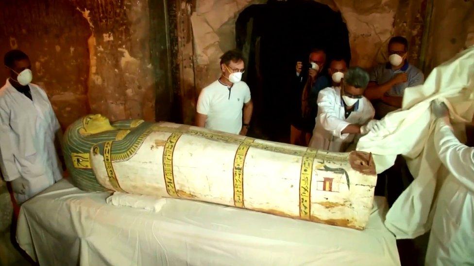 """مقابر النبلاء في """"العساسيف"""" بالأقصر"""