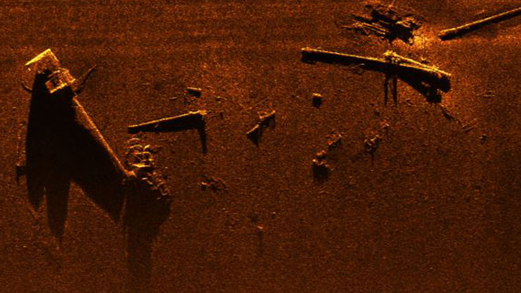 Sidescan Sonar image of debris from the Kaiser, including masts, boom arms and samson posts
