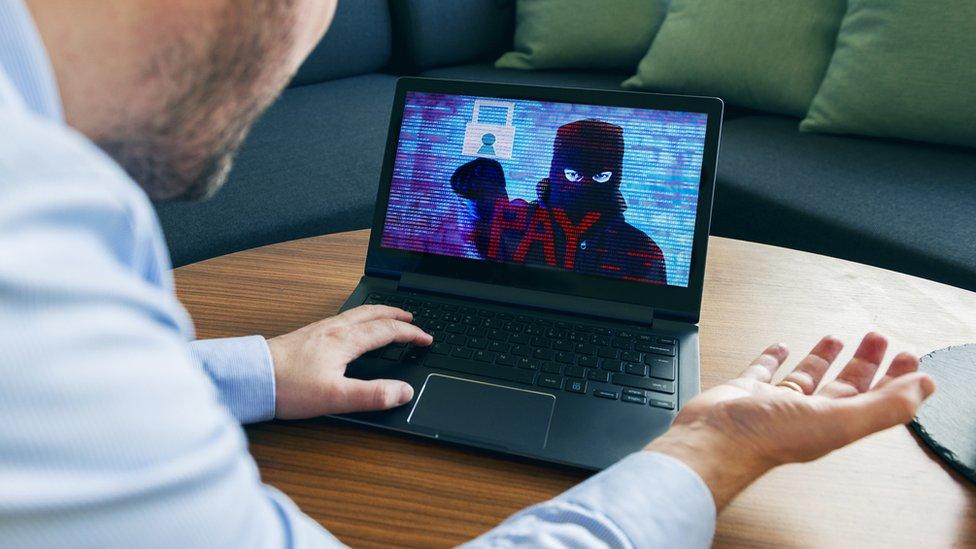 hacker pidiendo rescate