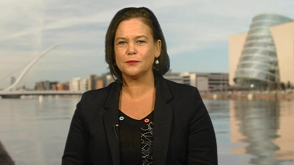 "Mary Lou McDonald accused Fianna Fáil and Fine Gael of sitting ""on the sidelines"""
