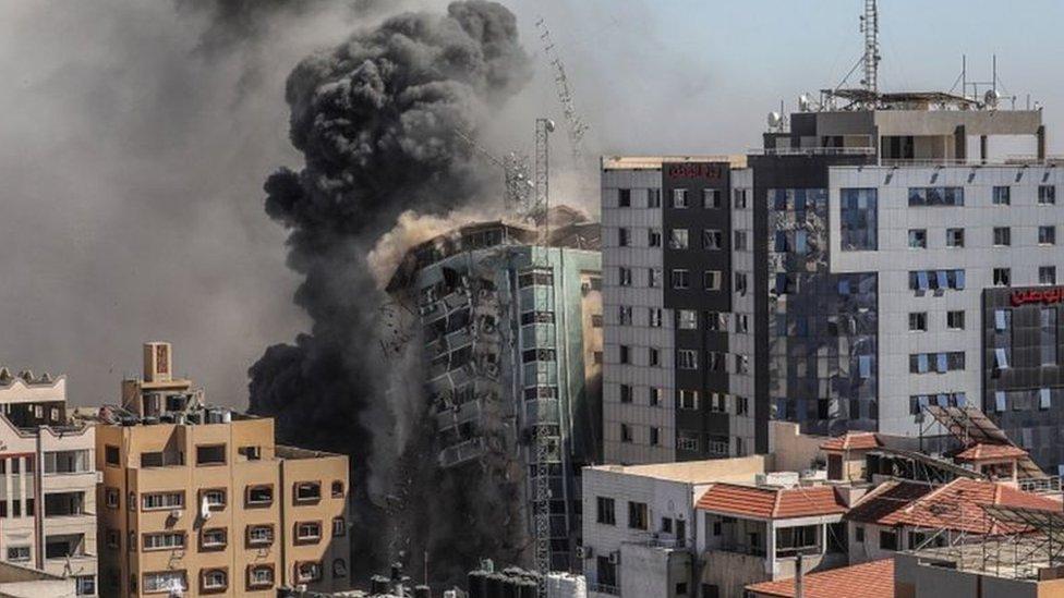 إسرائيل دمرت برج الجلاء